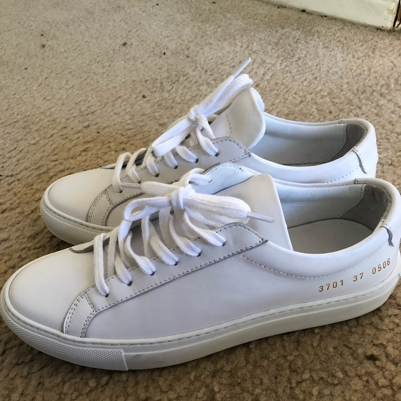 944f274ffef6 Common projects sneakers 37